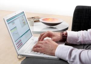 Найти работу или создать свой бизнес в интернете?