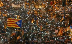 Каталония требует освободить министров