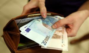 Меркель решила сэкономить - Немцы сокращают соцпомощь для иммигрантов из ЕС
